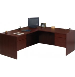 Managerial L-Desk 3/4 Pedestal