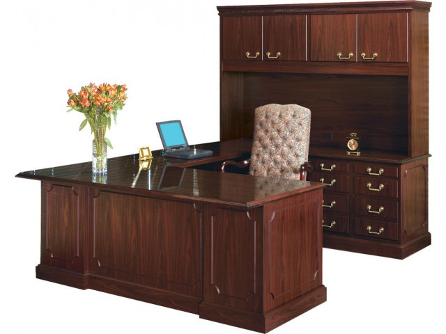 Bedford U Desk W Right Return Hutch
