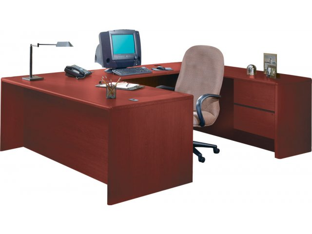 purchase cheap 257b6 442b8 HON U-Shaped Office Desk with Right Pedestal Credenza