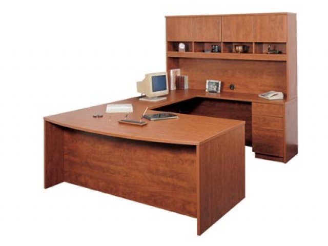 Executive Right U Shaped Office Desk