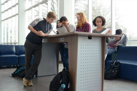 Stand Up Tables For Modern Learning